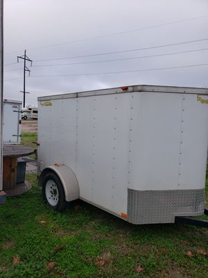 2015 DooLittle 5 x 8 enclosed trailer with back ramp. for Sale in Temple, TX