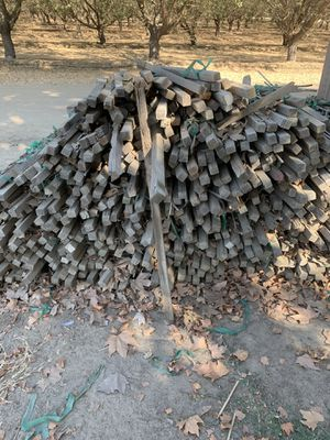 Free Wood Stacks for Sale in Del Rey, CA