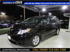 2015 Toyota Sienna LE Minivan 4D for Sale in Anaheim, CA