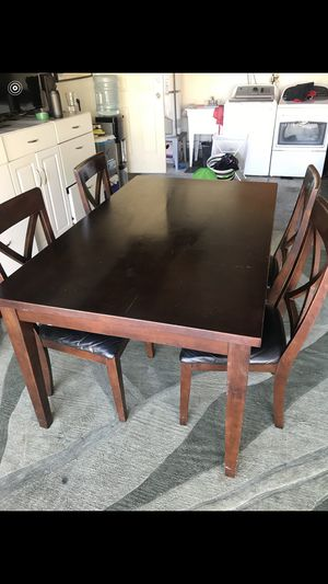 Kitchen dining table for Sale in Anaheim, CA