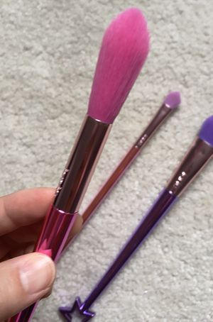 Tarte makeup brush bundle. for Sale in McLean, VA
