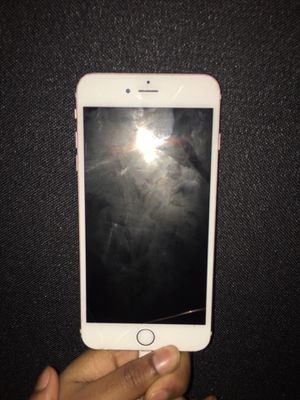 iPhone 6 s plus for Sale in Milwaukee, WI