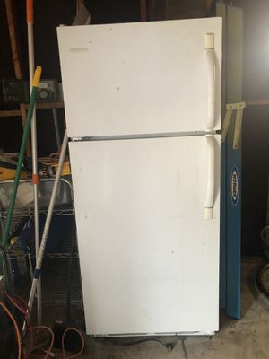 Frigidaire Refrigerator *WILL BE CLEANED SPOTLESS! for Sale in Anaheim, CA