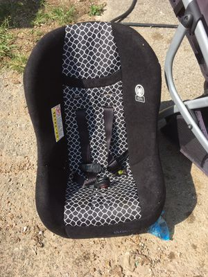 Like new car seat. for Sale in Nashville, TN