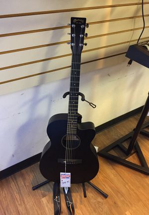 Martin & company guitar x series special with case made in Mexico for Sale in Reading, PA