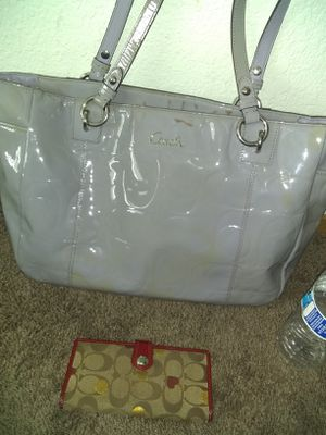 (USED)Coach purse & Wallet $5 FIRM *As-Is* for Sale in Sacramento, CA