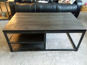 Coffee Table and Two End Tables for Sale in Auburndale, FL