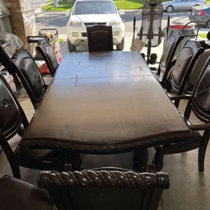 Massive Dining Room Table With 11 Chairs for Sale in Irvine, CA