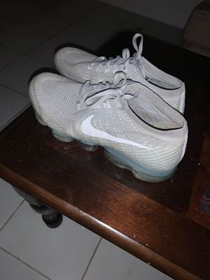 Nike vapormax for Sale in Homestead, FL