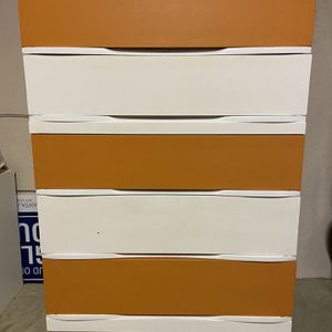 5 Drawer Chest - Orange And White for Sale in Woodstock, GA