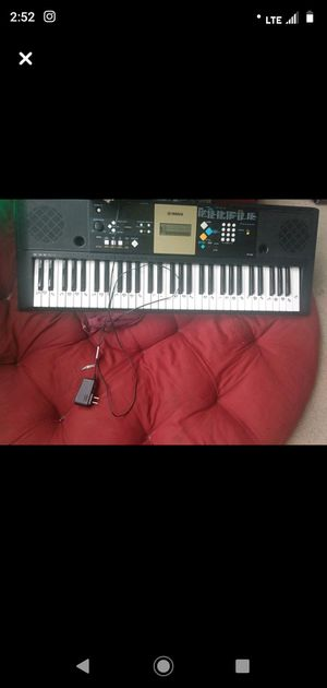 Yamaha keyboard for Sale in Hedgesville, WV