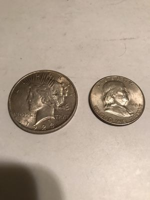 1923 Peace Silver Dollar & 1948 D Franklin Roosevelt Half Dollar Combo 90% for Sale in Grape Creek, TX