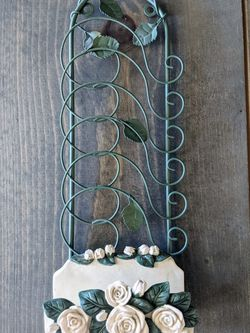 Decorative Vine & Rose Hanging Wall Organizer for Sale in Las Vegas,  NV