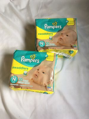 Pampers Newborn Diapers - 20 count for Sale in East Los Angeles, CA