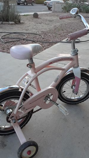 Girl bike -Radio Flyer- for Sale in North Las Vegas, NV