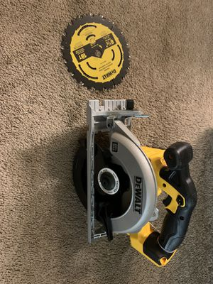 Dewalt 20v max 6-1/2 cordless circular saw with blade tool only for Sale in Everett, WA