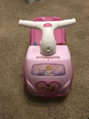 Disney Princess Ride-On for Sale in Kannapolis, NC