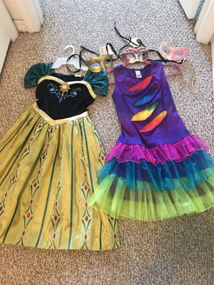 Halloween uniform with Elsa and mask for Sale in Kissimmee, FL