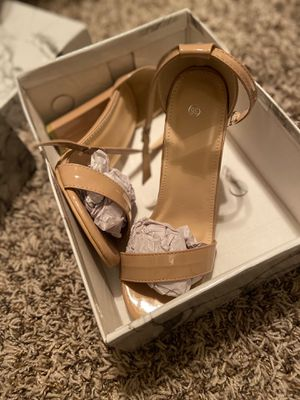Nude High heels for Sale in Arlington, TX