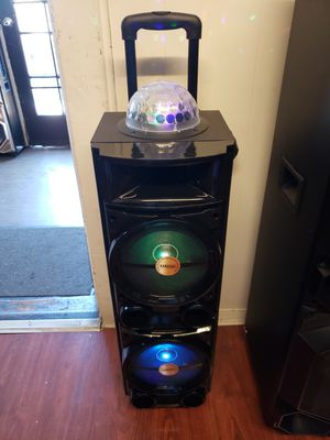 Bluetooth speaker 8,000 watts for Sale in Fontana, CA