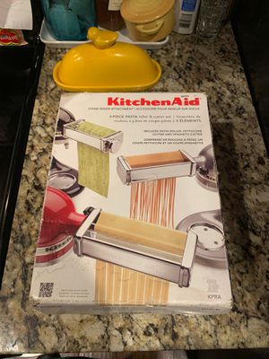 Kitchen aid pasta machine attachment for Sale in Virginia Beach, VA