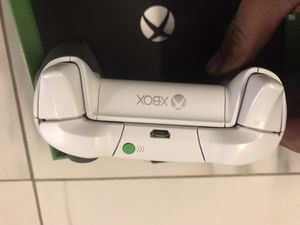 Xbox one elite controller for Sale in Brooklyn, NY