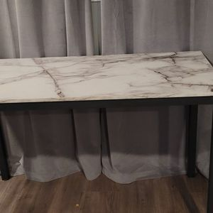 FREE DESK AND DESK CHAIR for Sale in Vallejo, CA
