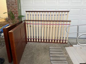 Bunk bed frame bottom-full size /top-twin size for Sale in Hillsboro, OR