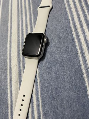Apple Watch serie 4 ,44mm from sprint for Sale in Tampa, FL