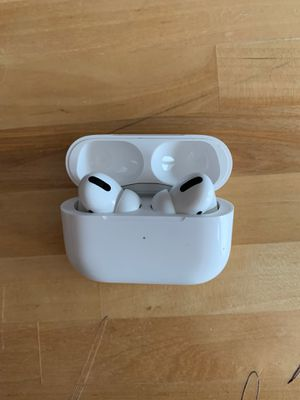 Airpods Pro (Apple) for Sale in Saint Paul, MN