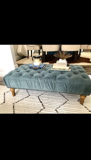 BEAUTIFUL TUFTED VELVET OTTOMAN/ BENCH/ COFFEE TABLE for Sale in Renton, WA