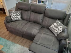 Great grey recliner couch for Sale in San Diego, CA