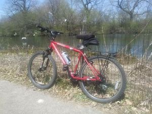 Red Trek MTB (pending 4 later today) for Sale in Chicago, IL