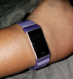 Fitbit Charge 3 w/S, L & purple magnetic band (read description) for Sale in Tampa, FL