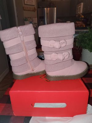 Girls boots. Size 8. NEW for Sale in Rancho Santa Margarita, CA