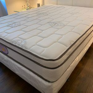 NEW KING PILLOW TOP MATTRESS AND BOX SPRING_3PC 😊 AVAILABLE QUEEN SIZE 👌 for Sale in Lake Worth, FL