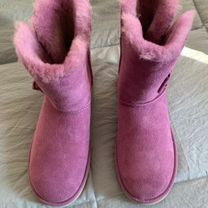 Women's Size 7 Brand NEW UGG Boots for Sale in Bothell, WA