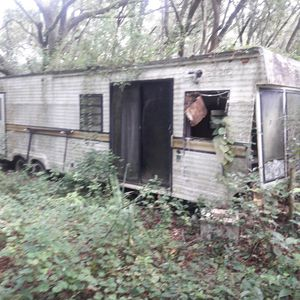 About 35 foot travel trailer free for Sale in Eustis, FL