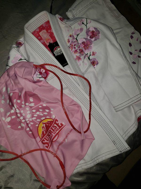 Sunrise combat gear mma fighting Jiu jitsu combat gear size f0 retail value $150