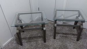Glass top end table for Sale in Bremerton, WA