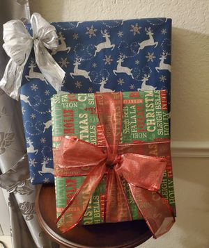 Gift Wrapping 🎁 for Sale in TEMPLE TERR, FL