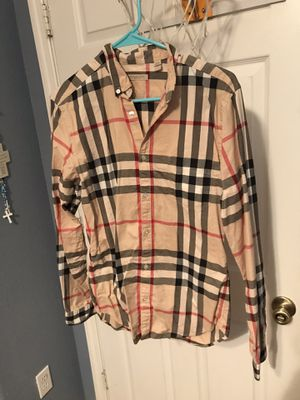 Burberry button down shirt for Sale in Miami, FL