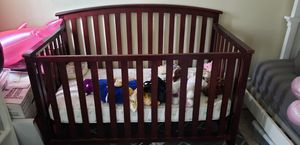 Baby crib that converts to a twin bed. for Sale in Westchester, CA
