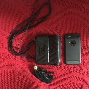 Chanel mini bag 100% auth for Sale in Fullerton, CA