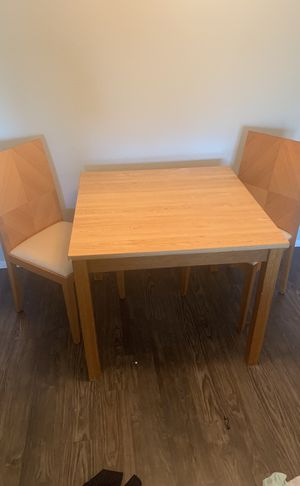 Small apt size kitchen table for Sale in Dallas, TX