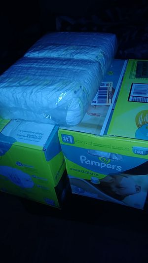 Pampers for Sale in Spring Valley, CA