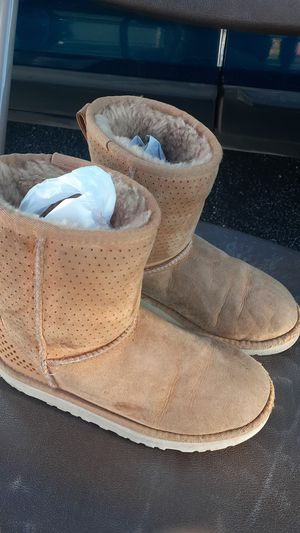 Girls Uggs Boots Size 4 Kids for Sale in Corpus Christi, TX