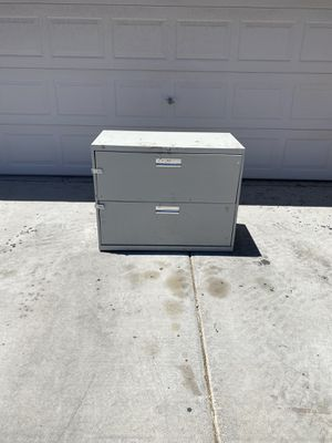 File Cabinet Two Drawer for Sale in Las Vegas, NV