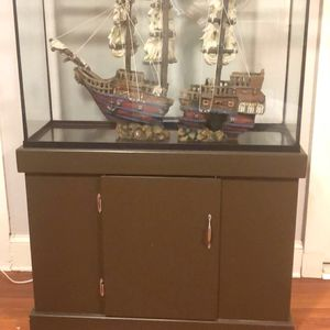 45 Gallon Marine-land Fish Tank for Sale in Bethany, OK