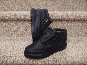 New Women's Size 7 Snow Boot /Rain Boot black for Sale in Dumfries, VA